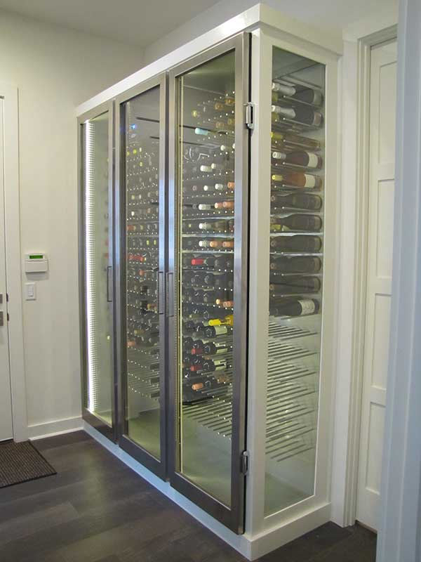 Modern Conditioned Wine Cabinet